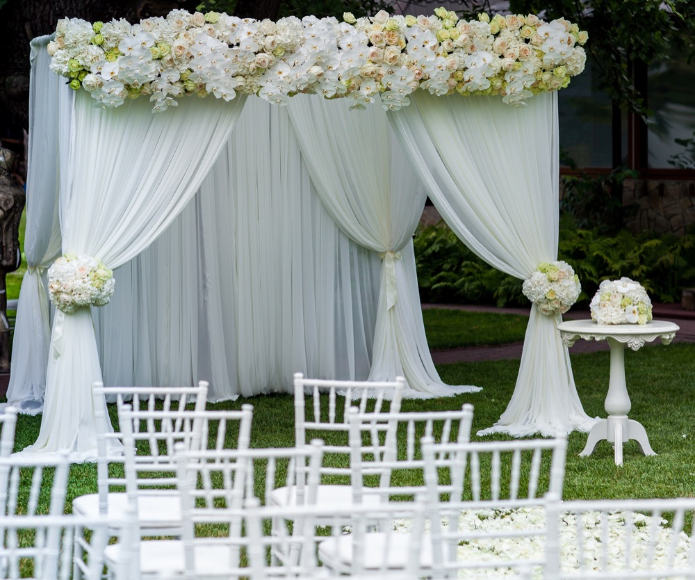 Fabric Draping                         for ourdoor wedding